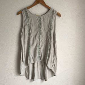 Sophie Rue Sz L Gray Sleeveless Lace Detail Top